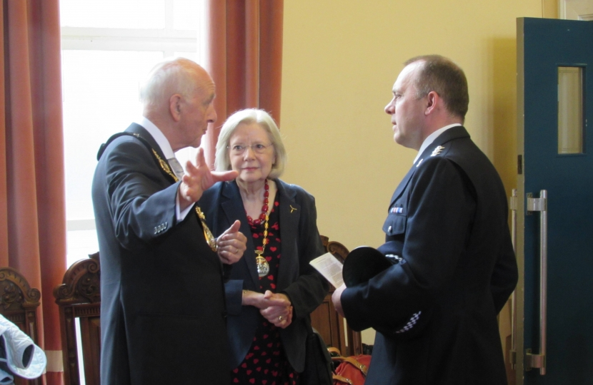Julian and Anne Stanyer with Chief Inspector Dave Pate