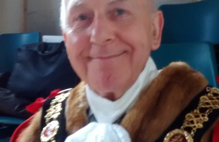 The Mayor, Julian Stanyer, who chaired the meeting.
