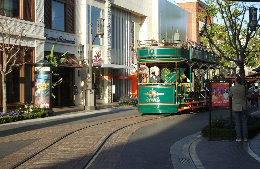 A tram to connect the town centre